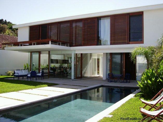 4557 modern designer house 352 real estate in uruguay for Modern house real estate
