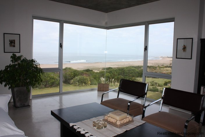 Large modern beach home realestate in uruguay for Large beach house