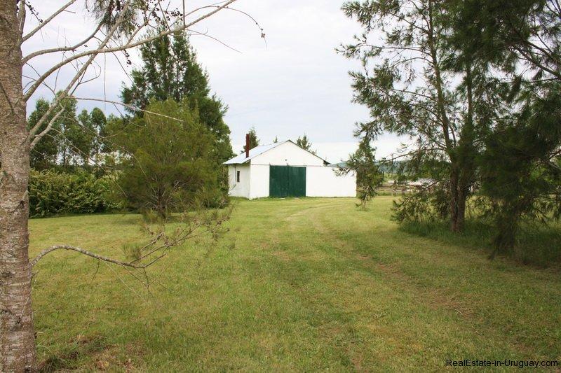 Small ranch in pueblo eden area realestate in uruguay
