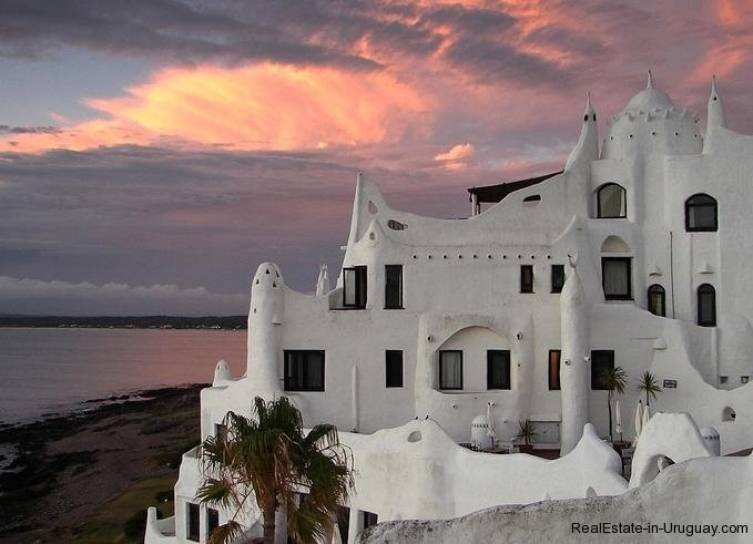 Casa-Pueblo-in-Punta-Ballena-Uruguay