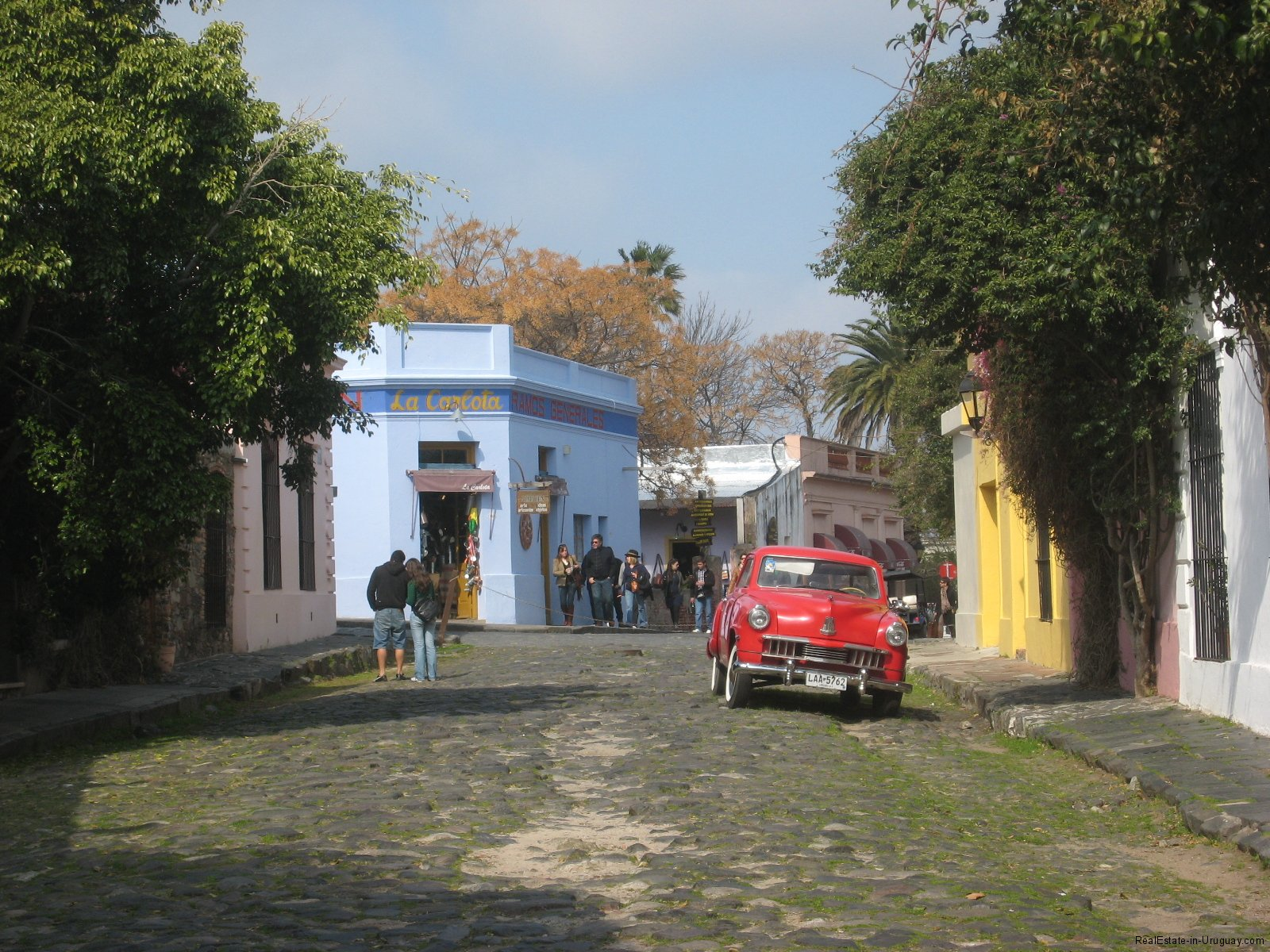 The-Historic-District-of-Colonia